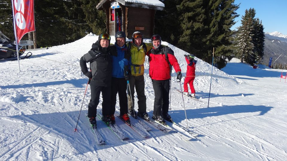 Members of the Farmers at the Inter-Livery Ski Championships