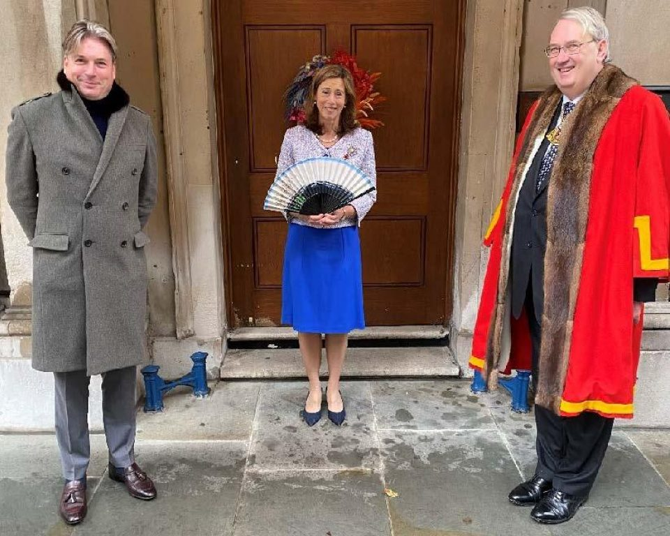 Lady Mayoress presented with commemorative fan